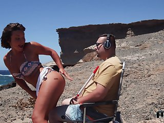 Sexy Alexis Reddish gets her pussy plowed by a guy at the beach