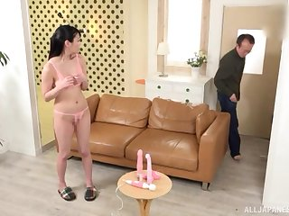 Japanese brunette Amano Miyuu gets their way pussy toyed with until crest