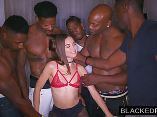 BLACKEDRAW My Girlfriend Got Gangbanged At The After Party - ANALDIN