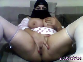 Arab Egypt 18Yo Girl On Webcam