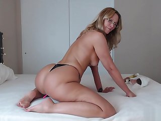 PAWG Mom Uses BBC for Anal with the addition of Riding