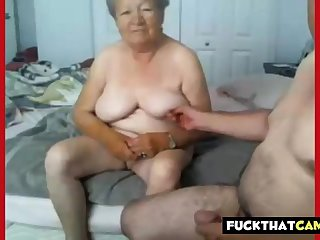 Granny and grandpa naked on the top of cam
