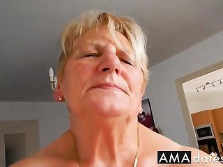 Grandma rides hubby and tries not roughly moaning