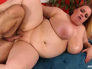 Astonishing BBW with huge jugs Nikky Wilder spreads say no to legs for hard cocks