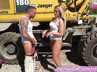 German amateur milf get creampie at alfresco