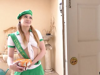 Lovely girl scout knows be that as it may to sell cookies and she fucks like a pornstar
