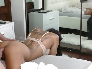 Hot MYLF compilation video featuring top rated adult actresses