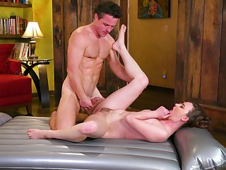 Steel inches hump the wife's ass coupled with pussy during massage
