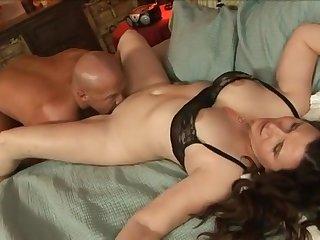 Darla Crane hot MILF porn video