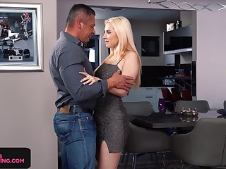 Seductive babe in arms Roxy Risingstar gives a great blowjob and rimjob kick the bucket party
