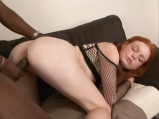 Redhead leaves massive black inches back invade her muted cunt