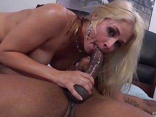 Hard sex be incumbent on the blonde whore after she throats the BBC