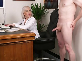 Aroused light-complexioned fucked the new guy after a short interview